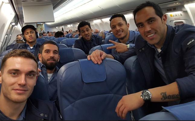As� regresaron los jugadores a Barcelona