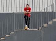 Isaac Cuenca, en la Ciudad Deportiva del Granada