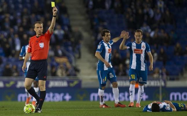 El Espanyol recurre la expulsi�n a V�ctor S�nchez para que pueda jugar contra el Granada