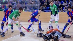 Gran partido de hockey patines el que se vivió en el Palau ante el Liceo