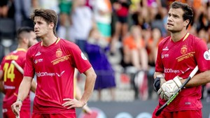 Los jugadores españoles, hundidos tras el gol de Austria