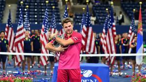 Wawrinka con el trofeo del US Open