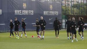 El FC Barcelona se entrenó este domingo con la mirada puesta en el partido de Copa ante el Murcia
