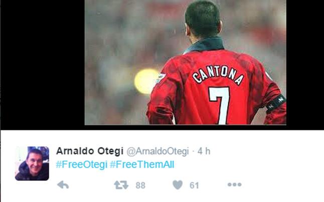 Arnaldo Otegi utiliza la imagen de Eric Cantona