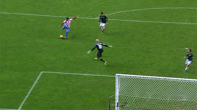 Vea el gol de Douglas. Resumen Sporting - Osasuna (3-1)