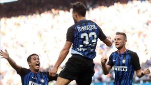 DAmbrosio marcó de ccabeza un gol importante para el Inter