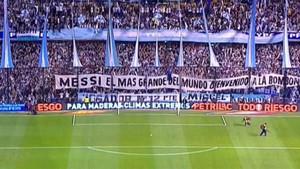 Messi, recibido con todos los honores en La Bombonera