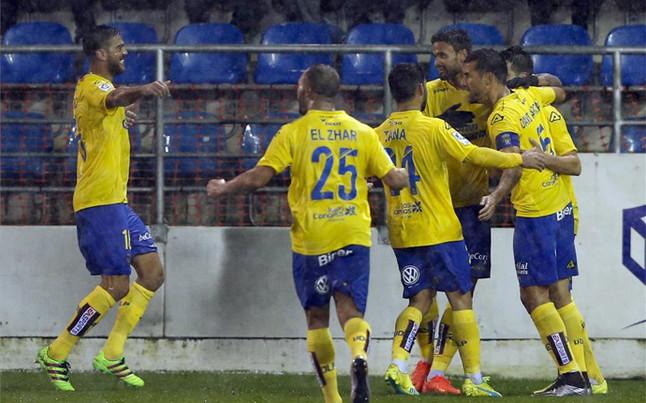 El Las Palmas coge aire al ganar en Eibar con un gol de Bigas
