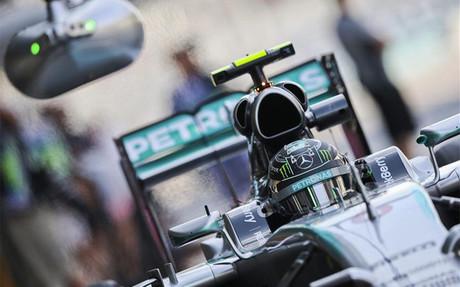 Rosberg repite como poleman en Abu Dhabi