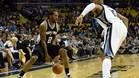 Leonard volvi� a ser el l�der anotador de los Spurs con 21 puntos