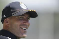 Zidane llama envidiosos a quienes le critican por no tener t�tulo de entrenador