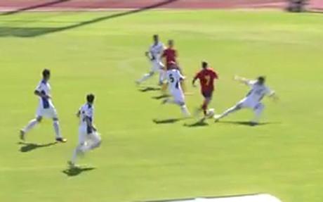 Barcelona starlet Gerard Deulofeu scores Lionel Messi esque solo Golazo for Spain U20s