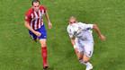 T�cnicos y jugadores del Atl�tico se quejan al �rbitro por el gol