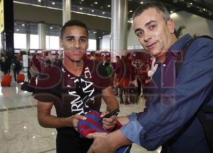 Las im�genes de la salida de Douglas rumbo a Barcelona
