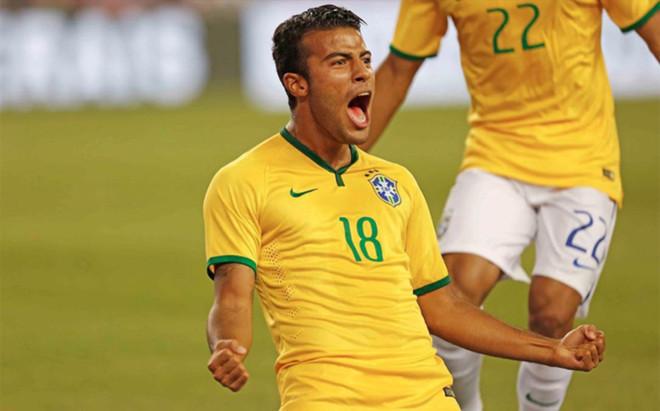 Rafinha disputar� la Copa Am�rica Centenario con la selecci�n brasile�a