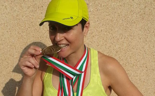 """Sandra Corcuera y el 'retro running': """"Al ser un ejercicio antinatural hay que entrenar mucho"""""""