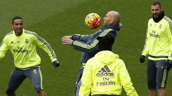 Zinedine Zidane en el rondo del Real Madrid