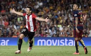 Aduriz fue el azote del Barça en la Supercopa de España