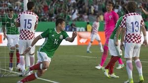 Chicharito es el máximo goleador de la historia de la selección de México