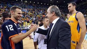 Llompart, tras conquistar la Supercopa con el Valencia