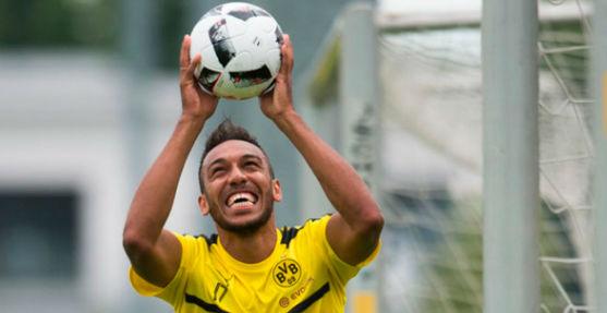 Aubameyang desminte que se ofreciera al Real Madrid