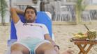 Luis Su�rez, cazado en un chiringuito de playa