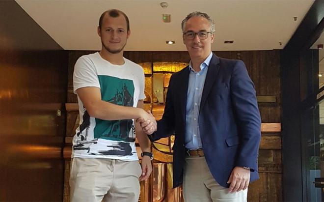 El Betis anuncia el fichaje del ucraniano Roman Zozulya