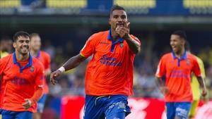 Kevin Prince Boateng se ha ganado al vestuario de la UD Las Palmas