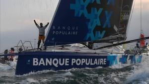 El Banque Populaire ha batido el record de la Vuelta al Mundo en solitario
