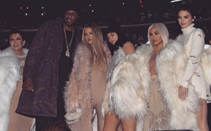 Lamar Odom reaparece en p�blico junto a su cu�ado Kanye West