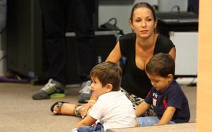 Los hijos de Pedro y Messi fueron protagonistas de la rueda de prensa