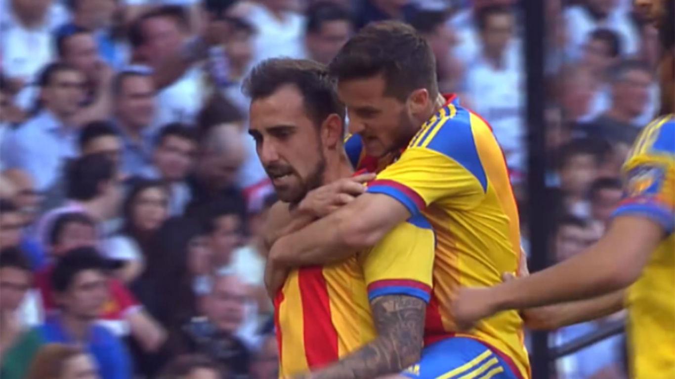 El gol de Alcácer al Real Madrid con el Valencia