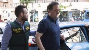 Sospechan que Gorka Villar sacó tajada de varios amistosos de España