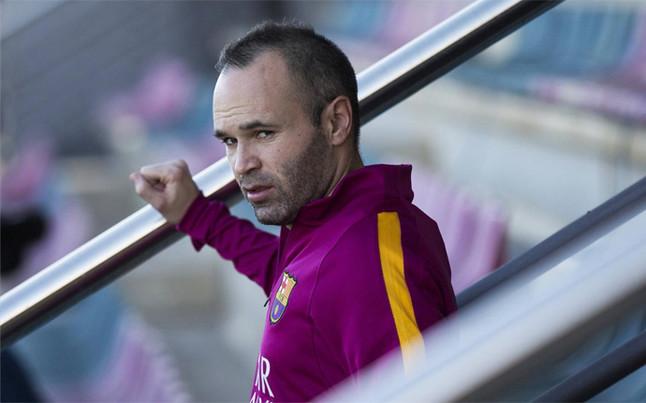 Iniesta y Busquets entran en la lista del FC Barcelona ante el Athletic