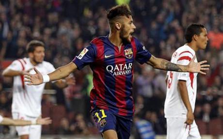 Neymar, en un encuentro contra el Sevilla