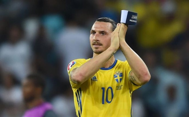 """Larsson: """"Ibrahimovic puede devolver al Manchester United donde se merece"""""""