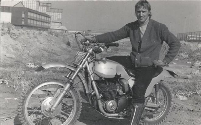Mick Andrews