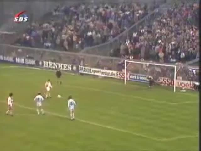 Así fue el penalti indirecto de Johan Cruyff