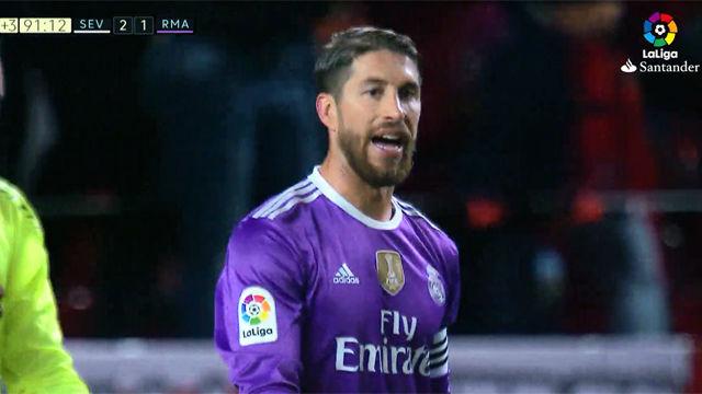 Video resumen: El gol de Jovetic en el Sevilla - Real Madrid (1-1). Jornada 18 Liga Santander 2016-17