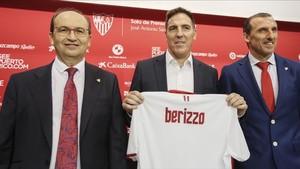 El Sevilla empieza una nueva etapa con Arias y Berizzo