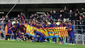 Tras ganar la Liga, el Barcelona B quiere acabar el trabajo con el ascenso