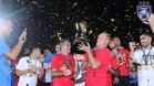 Longhi celebró la conquista de otra Liga en Malasia