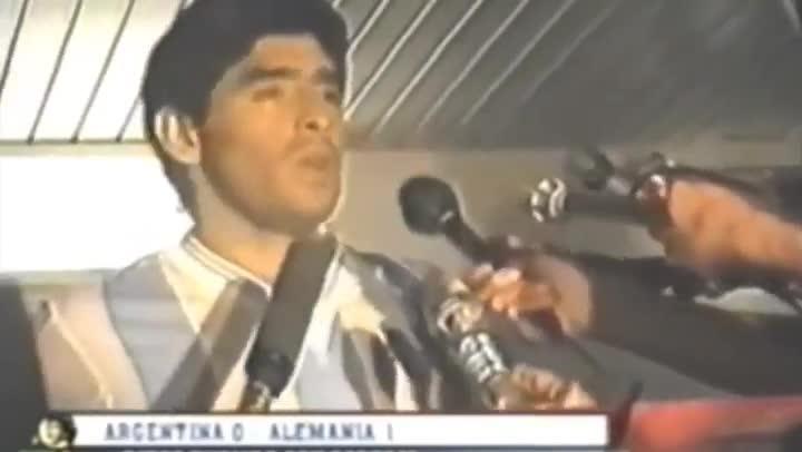 Maradona renunci� tras la derrota en la final del Mundial 90