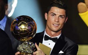 En Inglaterra se especula que esta podría ser la última edición del Balón de Oro en la que Cristiano Ronaldo sea finalista