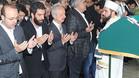 Arda Turan en un momento del funeral de su amigo�Tahir K���kel