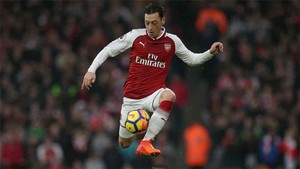 Ozil puede dejar el Arsenal en verano
