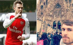 Ramsey posó junto a la Sagrada Família