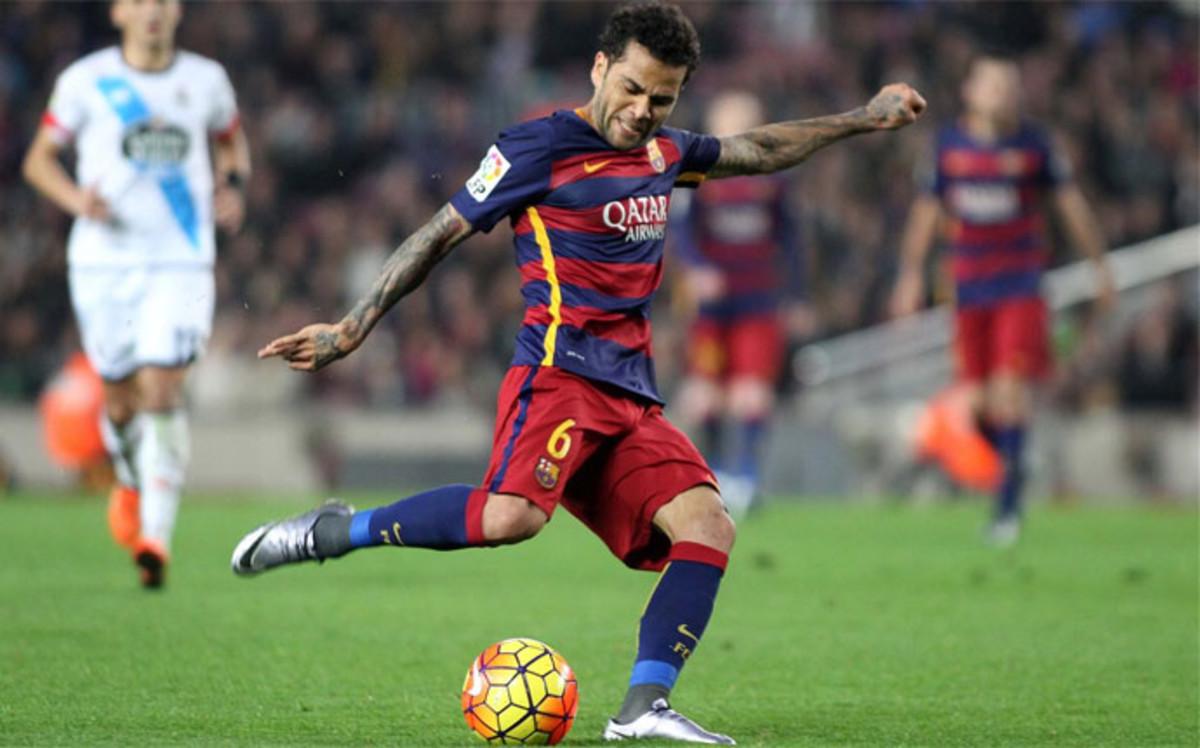 Alves se va del Barça y firmará tres años con la Juventus