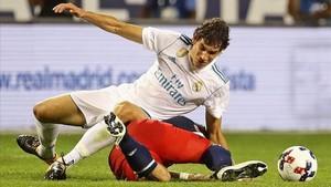 Jesús Vallejo no está teniendo suerte tras quedarse en el Madrid