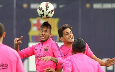 Neymar da Silva, durante el entrenamiento del Bar�a de este martes